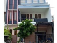 Dijual Rumah Full Renov Rapih di Kelapa Cengkir Timur