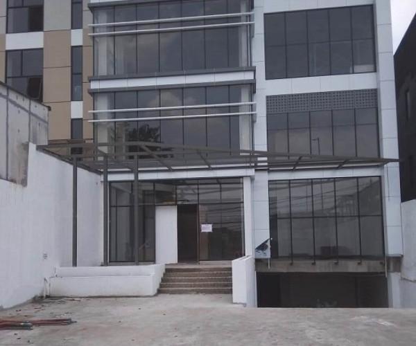 Dijual Gedung Perkantoran 5 Lantai  di Otista Jakarta Timur